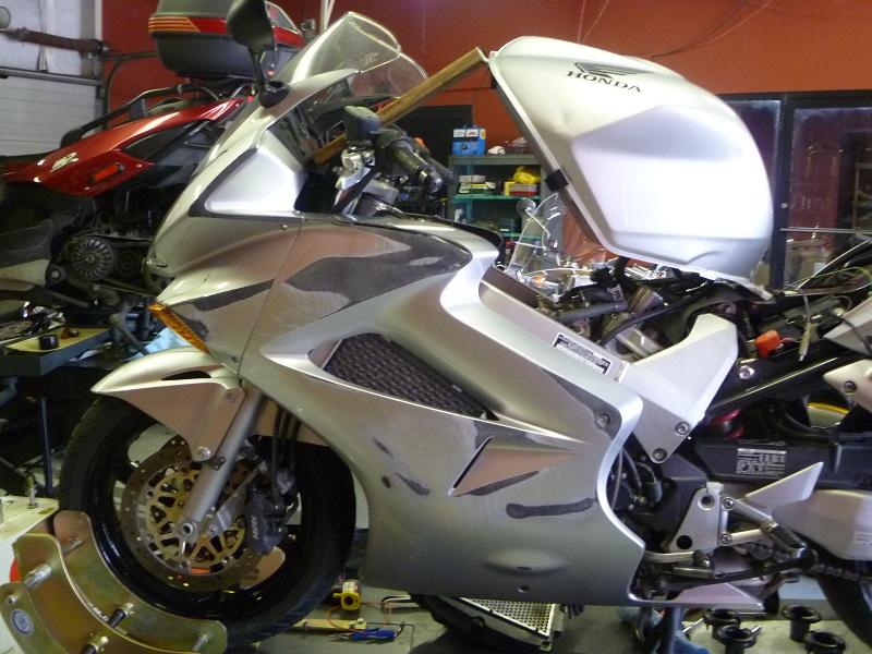 Nashville Motorcycle Repair » 2003 Honda VFR800 running problem