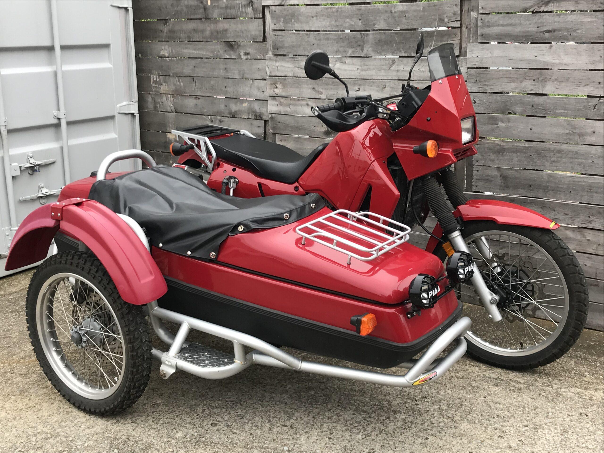 2004 KLR650 with Sputnik sidecar